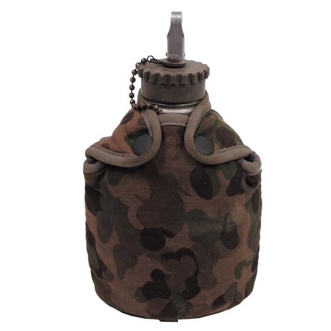 Austrian bottle cover, camo, used