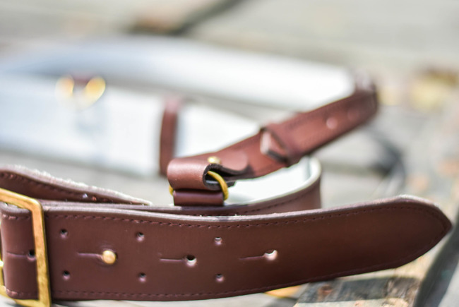 Brown leather belt - Romanian Army Surplus